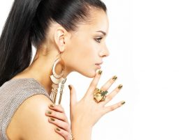 Beauty salon in Linden_ Vanilla nails waxing and makeup_Nail bar Gel nails Linen